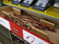 電源装置と電流計のコード