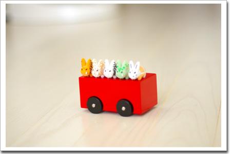 5匹のデブウサギとPLAYSAM(プレイサム)