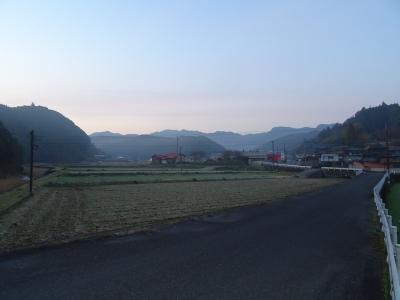 井石村の朝�