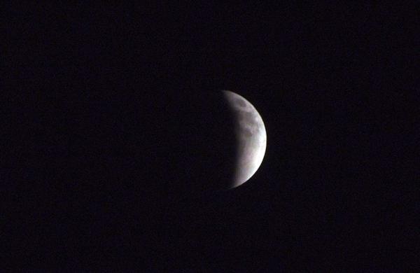 11.12.10_皆既月食2