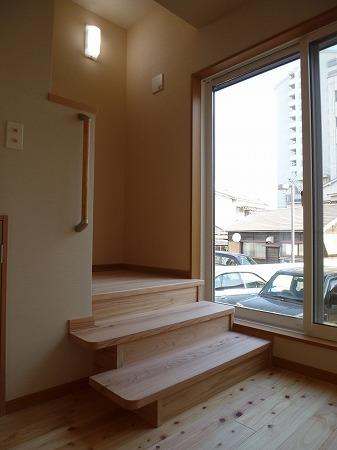 階段のぼり口
