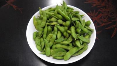 自宅で取れた有機野菜を使った料理:エダマメビアフレンド