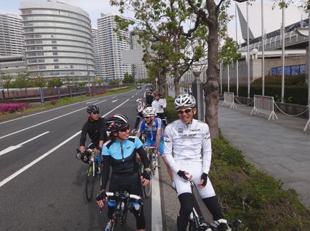 701みんなで自転車.JPG