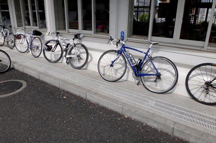 704.0みんなで自転車.JPG