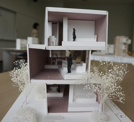 612明治大学.2年設計課題「住宅」.JPG
