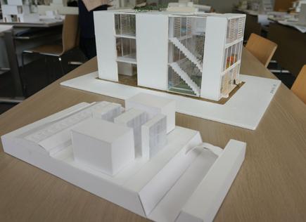 632明治大学.2年設計課題「住宅」.JPG