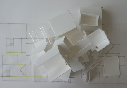 640明治大学.2年設計課題「住宅」.JPG