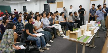 647理科大.2年設計課題「住宅」.JPG