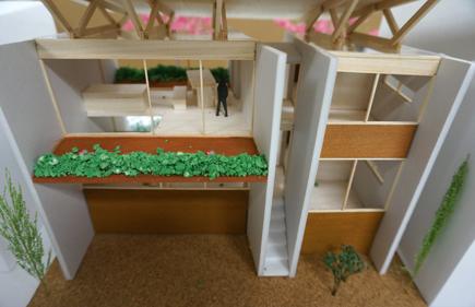 653理科大.2年設計課題「住宅」.JPG