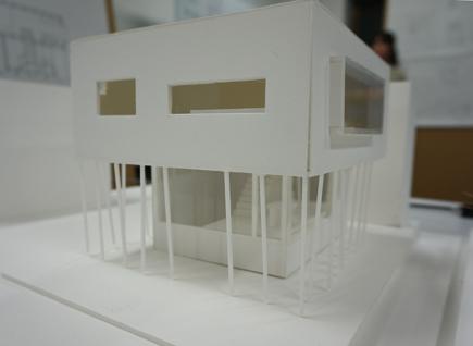 656理科大.2年設計課題「住宅」.JPG
