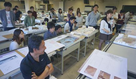 802東海大.3年設計課題「交響建築」.JPG