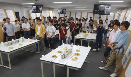 603理科大.2年第二課題「図書館」.JPG
