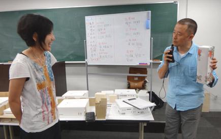 608理科大.2年第二課題「図書館」.JPG