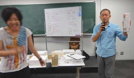 609理科大.2年第二課題「図書館」.JPG