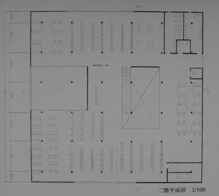 621理科大.2年第二課題「図書館」.JPG