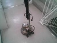 床面清掃は専門分野です