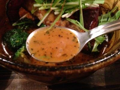 チキンと野菜のカリー スープ