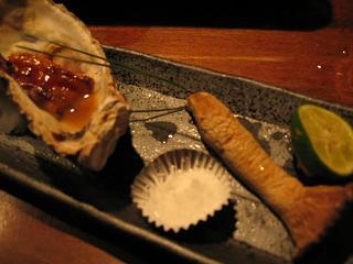 殻つきカキの柚子味噌焼きエリンギの白焼き