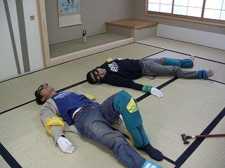 20051105 よこはま看護専門学校祭 老人体験5
