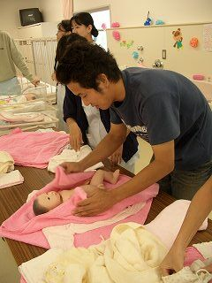 20051105 よこはま看護専門学校祭 沐浴3
