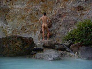 20060918 姥湯温泉 ギリシャ立ち