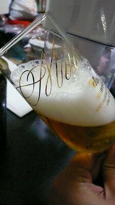 20070520 サントリービール工場 注ぎ方2