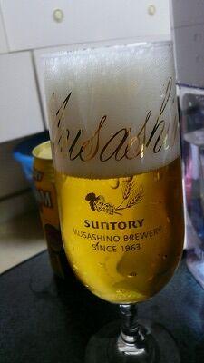 20070520 サントリービール工場 注ぎ方3