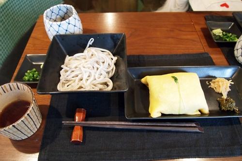 茶巾寿司 と胡麻うどん♪
