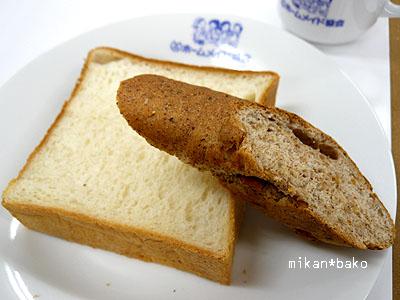 胚芽パンとプルマン