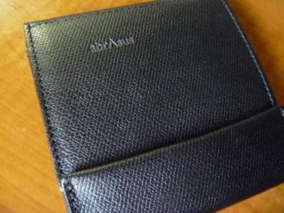 薄い財布abrasus