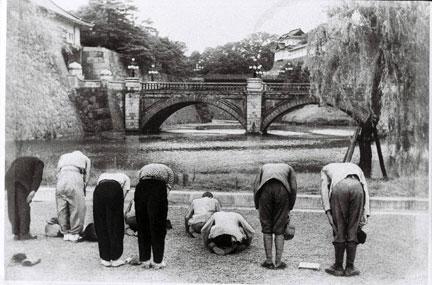 皇居前広場-1.jpg
