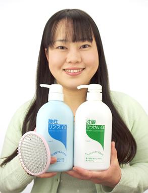 吉田さんとゼノアの石けんシャンプー&酸性リンス&花咲オリジナルシャンプーブラシ