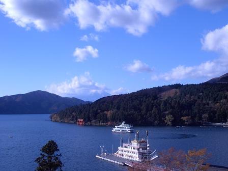 ティーラウンジから芦ノ湖・富士山
