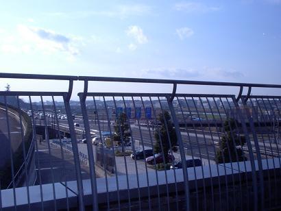 前方は、第三京浜港北インター