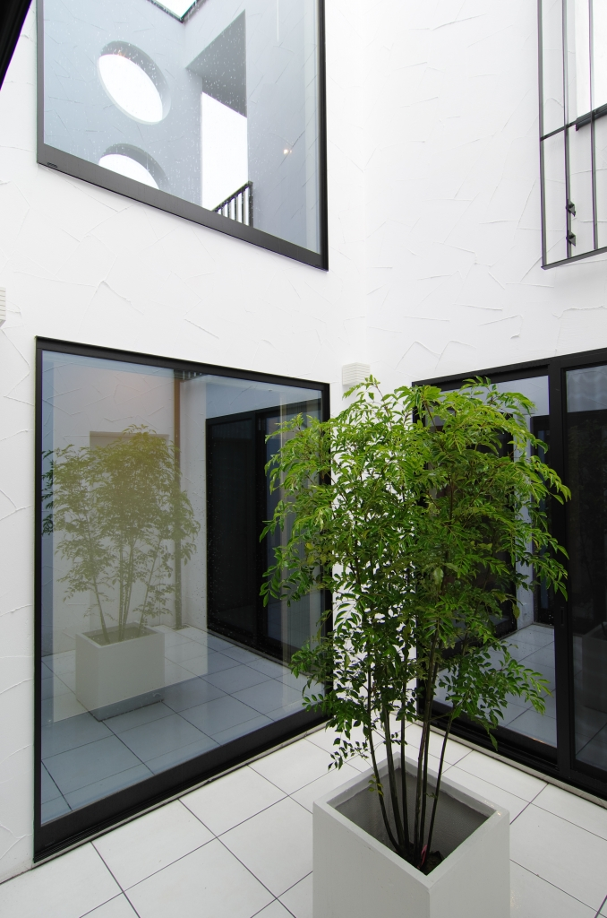 naka niwa no aru ie house with a private open space yonemura