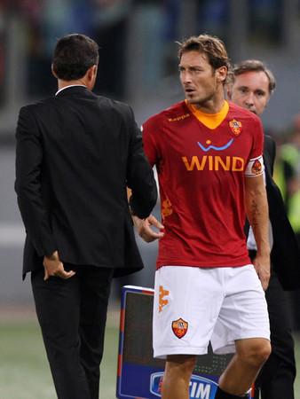 ローマの主将トッティ「エンリケ監督のもとでプレーするのはとても快適」