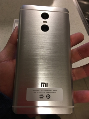 Xiaomi Redmi Pro MIUI 8 4G Phablet