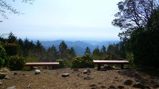 本仁田山山頂からの眺望