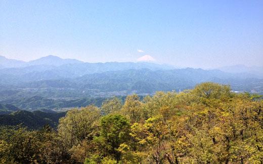陣馬山頂からの眺望