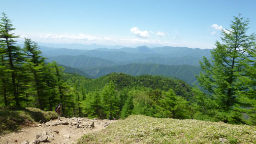 小雲取山手前からの風景