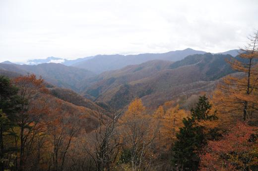酉谷山避難小屋からの景色