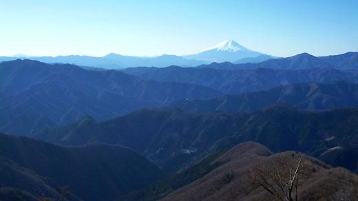 石尾根から富士山