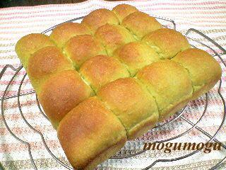 抹茶ちぎりパン1