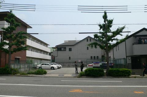 岡本の集合住宅 2010.05.25_01