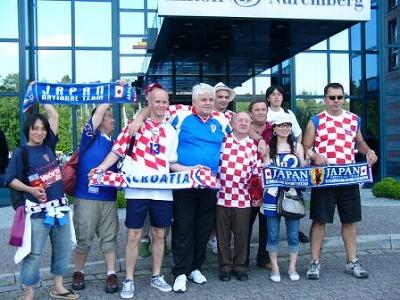 クロアチアサポーターと交流