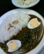 牛すじカレー350円+ゆでたまご50円+コールスローサラダ50円