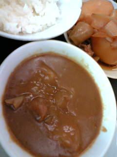 カレー汁200円+肉じゃが200円+半ライス120円