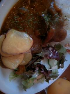 秋茄子ときのこのカレーランチ880円(週末価格。平日は750円)
