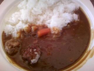 レンコン入り肉ダンゴカレー200円