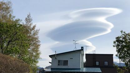 UFO雲(レンズ雲)2020.5.8 札幌